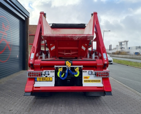 MAN 4x4 Portaal Container